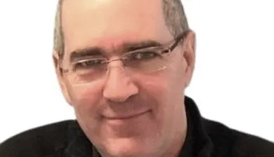 Neil Martin - Programmer, Trainer, Consultant, Support Engineer